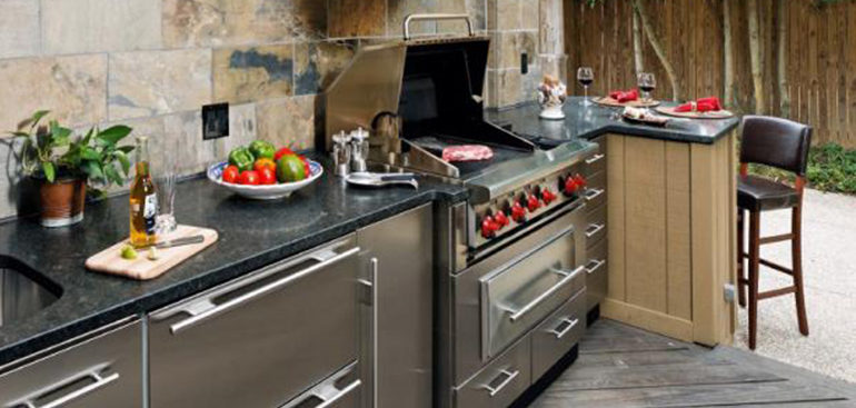 Stainless steel outdoor kitchen cabinets for Outdoor kitchen units uk